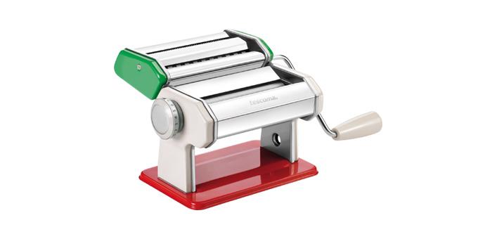 Strojček na prípravu cestovín DELÍCIA, tricolore